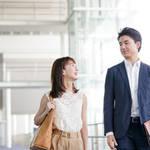 社内恋愛のきっかけは?社内恋愛から結婚する方法と上手く隠す方法