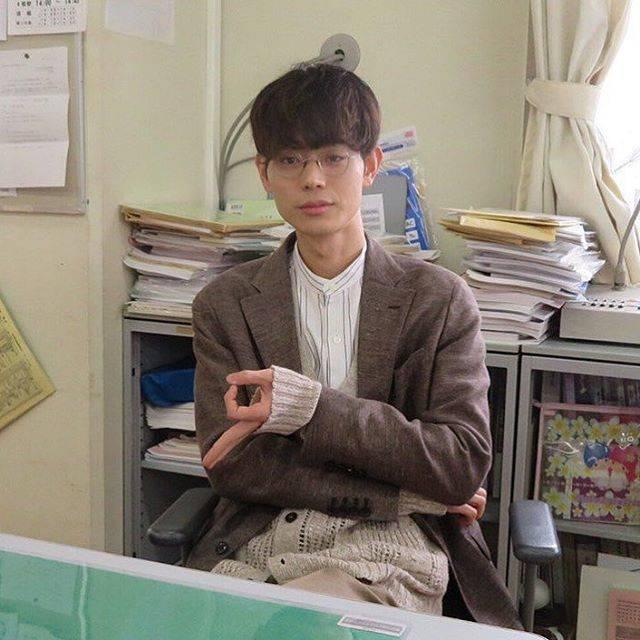"""菅田将暉  ✱fan account✱ on Instagram: """"____ 本日9話放送です。柊一颯が人生の最後に何を思うのか。この3ヶ月間ずっと考えていました。どうやら体感に勝るものは無さそうです。あと少し、宜しくお願いします。#3A 【#菅田将暉 Twitterより】 #masakisuda #3年a組今から皆さんは人質です  #3年a組…"""" (571998)"""