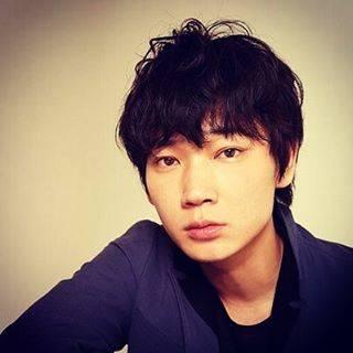 "mizuiro on Instagram: ""この人の芝居がすき。前髪がある時はより好み。#綾野剛"" (580167)"