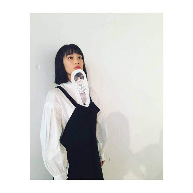 """広瀬すず on Instagram: """"伊藤先生ちっちゃくなってました#先生!  #好きになってもいいですか"""" (600435)"""