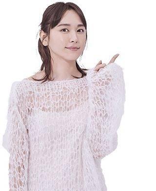 "新垣結衣の備忘録 on Instagram: ""#新垣結衣 ❄️#雪肌精"" (608875)"