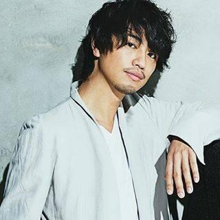 """❽-はち- on Instagram: """"Happy Birthday! Takumi.S ୨୧┈┈┈┈┈┈┈┈┈┈┈┈୨୧ バタバタしてて2日も遅れてしまった!!! Twitterではすぐ呟いたんだけど流石にインスタまでは無理でした(笑) . 俳優さんをガッツリ好きになったきっかけの人。…"""" (639096)"""
