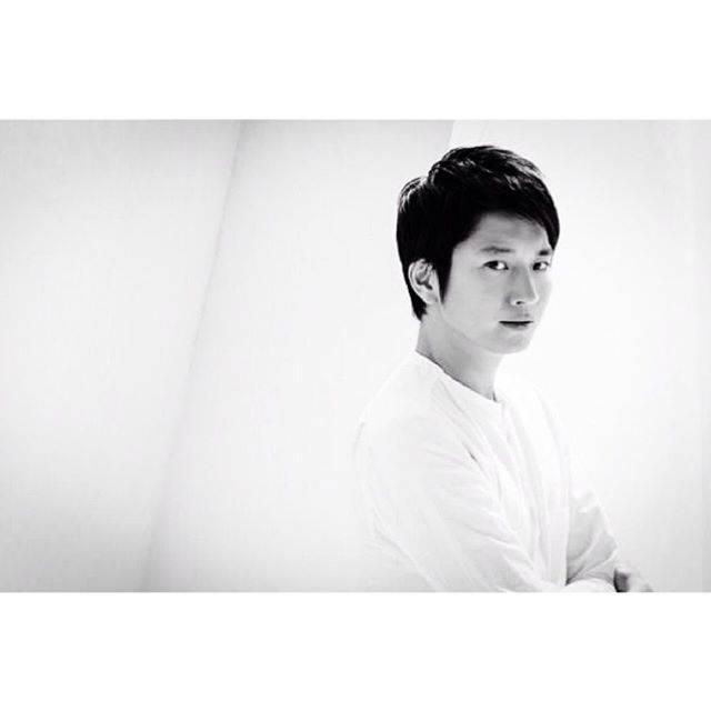 "Osamu Mukai   向井理 on Instagram: ""#osamumukai #mukaiosamu #向井理 #japanese #actor #model"" (683295)"