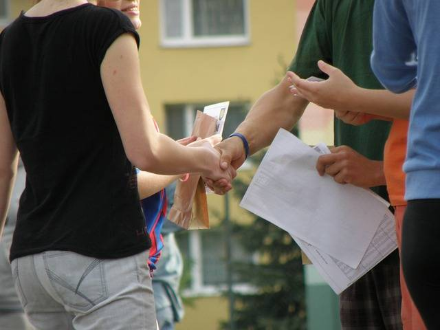 Handshakes Congratulations Hands · Free photo on Pixabay (24305)