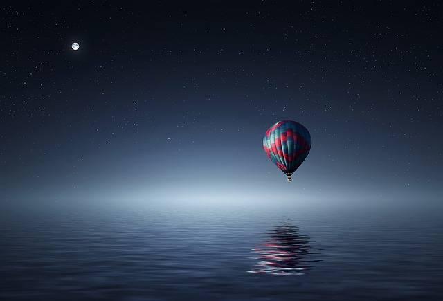 Hot Air Balloon Lake · Free photo on Pixabay (44937)