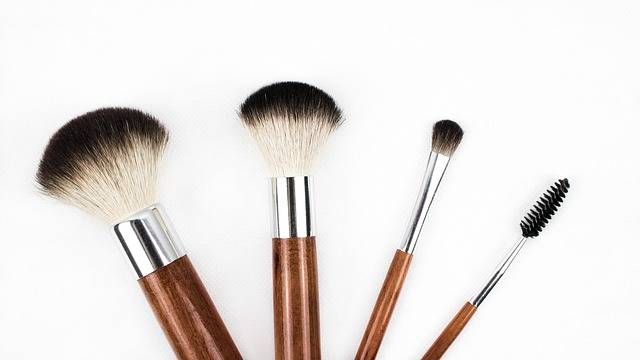 Makeup Brush Cosmetics · Free photo on Pixabay (61339)