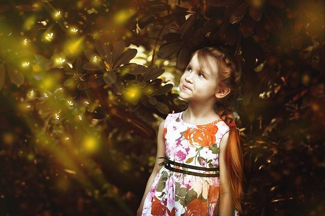 Girl Firefly Fairy Tales Red - Free photo on Pixabay (79461)