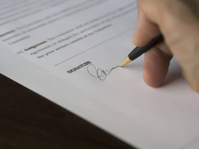 Business Signature Contract - Free photo on Pixabay (80117)