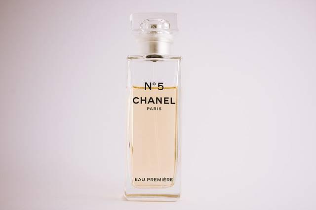 Chanel Perfume Glass - Free photo on Pixabay (95573)