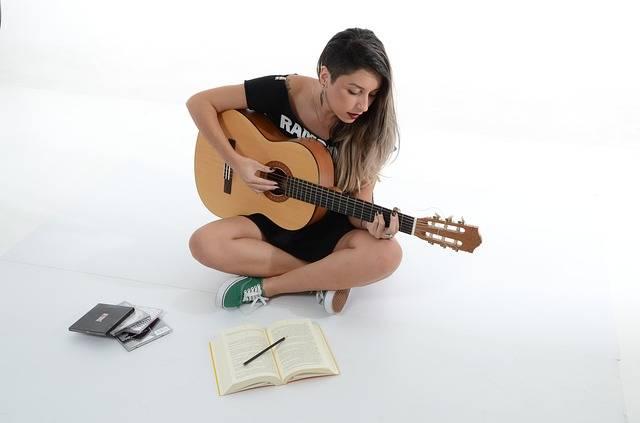 Woman Sing Music - Free photo on Pixabay (118797)