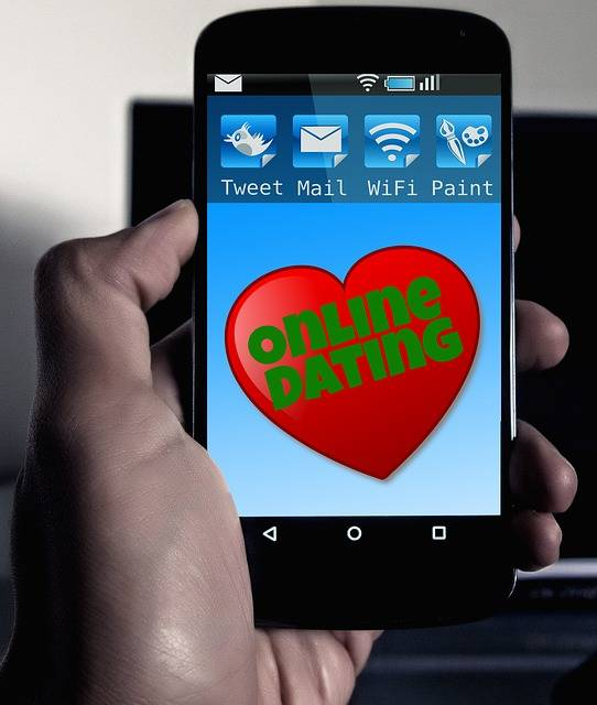 Online Dating Smartphone Mobile - Free photo on Pixabay (136990)