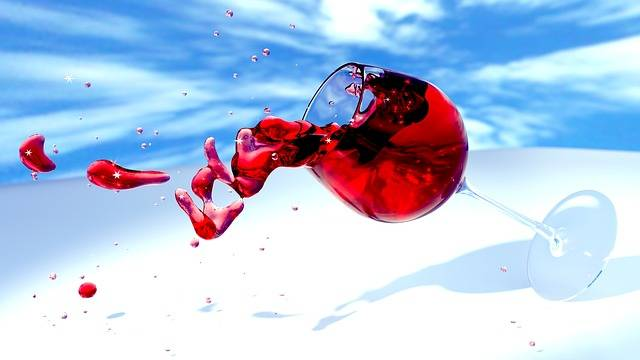 Wine Glass Red Tipping - Free image on Pixabay (140297)
