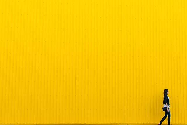 Yellow Wall Girl - Free photo on Pixabay (145819)