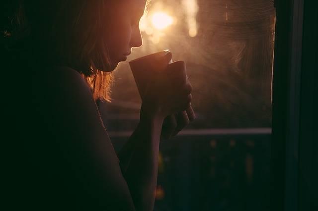 Girl Drinking Tea Coffee - Free photo on Pixabay (146797)