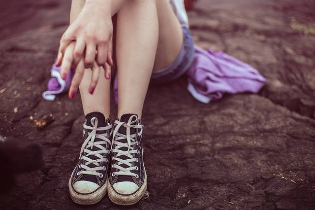 Legs Converse Shoes Casual - Free photo on Pixabay (162908)