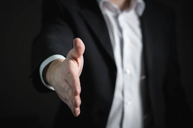 Handshake Hand Give - Free photo on Pixabay (163591)