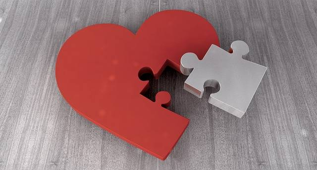 Heart Puzzle Joining Together - Free image on Pixabay (165411)