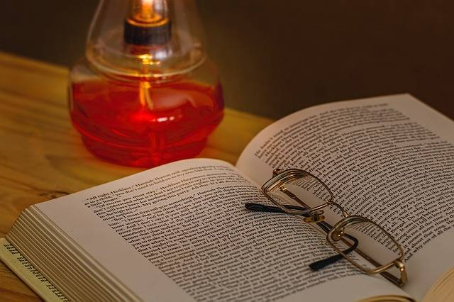 Book Oil Lamp Spectacles - Free photo on Pixabay (166432)