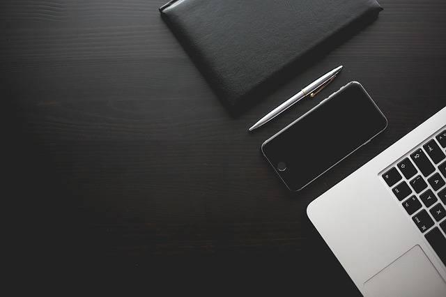 Office Desk Smartphone - Free photo on Pixabay (170873)