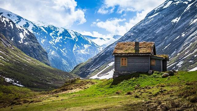 Rustic Cabin Mountains - Free photo on Pixabay (180848)
