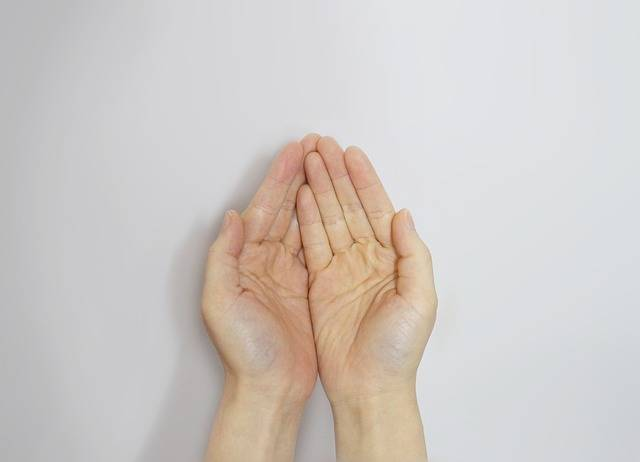 Hand Aid Love - Free photo on Pixabay (194777)