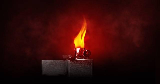 Lighter Burn Kindle - Free photo on Pixabay (201659)