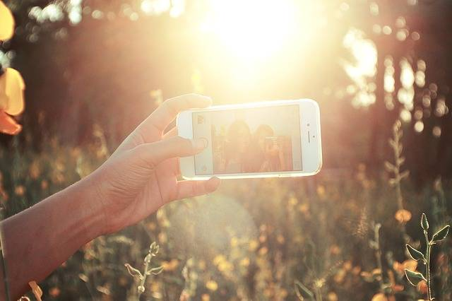 Selfies Cell Phone Sunny - Free photo on Pixabay (204309)