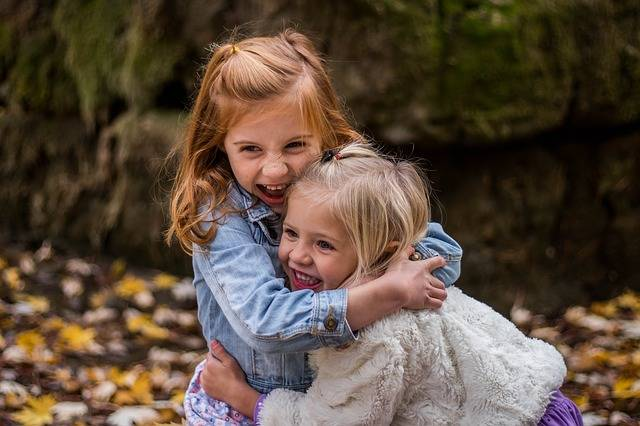 Children Sisters Cute - Free photo on Pixabay (205447)