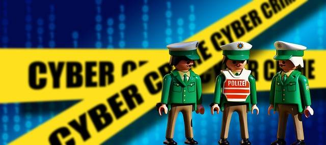 Police Officers Old Playmobil - Free photo on Pixabay (210495)