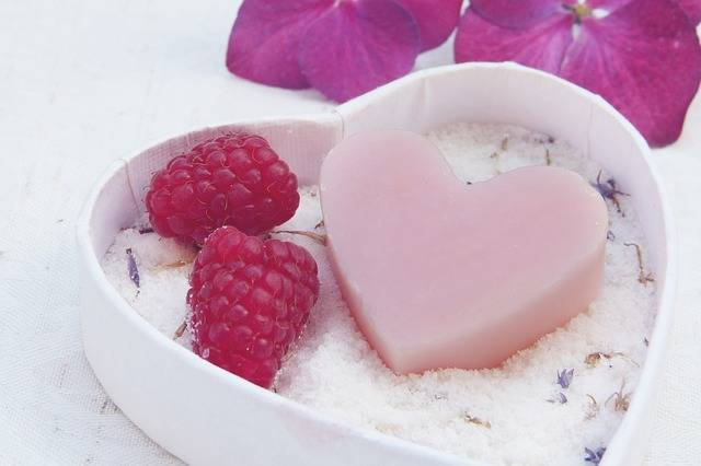 Soap Heart Pink - Free photo on Pixabay (243205)