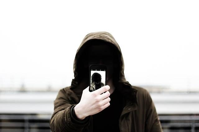 Selfie Mobile Phone - Free photo on Pixabay (245795)