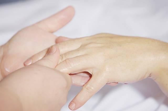 Hand Massage Treatment Finger - Free photo on Pixabay (253254)