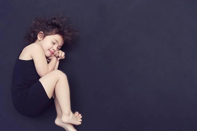 Girl Curled Up Sleeping - Free photo on Pixabay (260166)