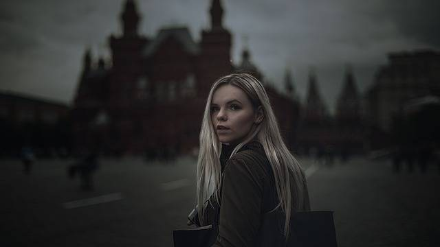 Girl Red Square Gloominess - Free photo on Pixabay (266552)