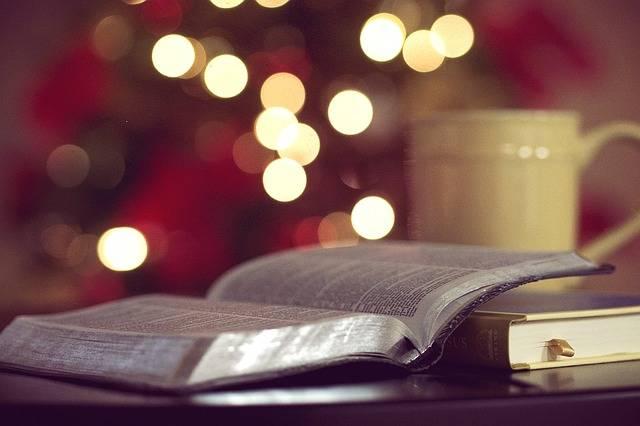 Bible Books God - Free photo on Pixabay (283528)