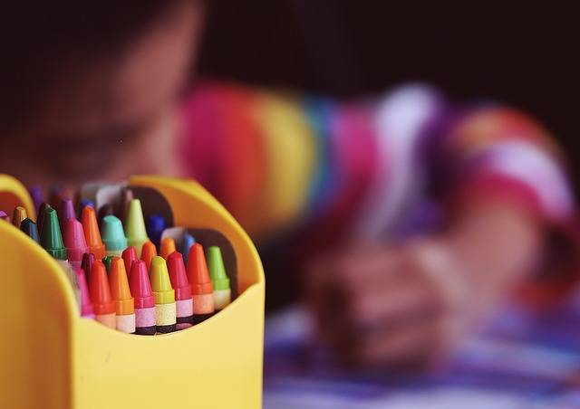 Crayons Coloring Child - Free photo on Pixabay (304631)