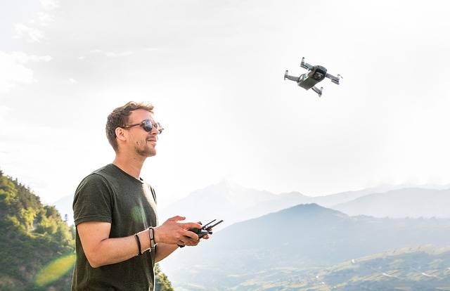 Drone Man Pilot - Free photo on Pixabay (316284)