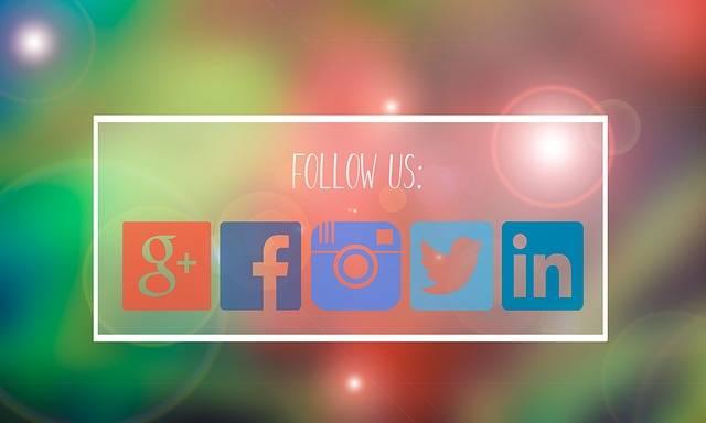 Follow Us Facebook Google Plus - Free photo on Pixabay (334557)