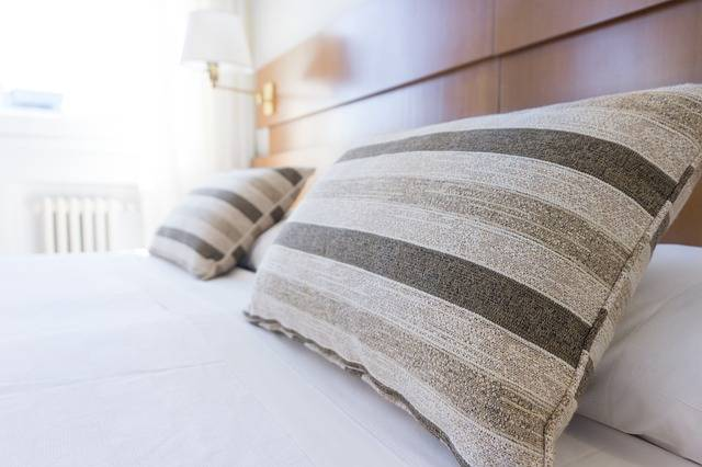 Pillows Bed Bedding - Free photo on Pixabay (347566)
