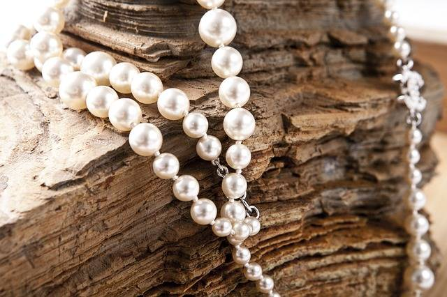 Jewelry Pearl Necklace - Free photo on Pixabay (347939)