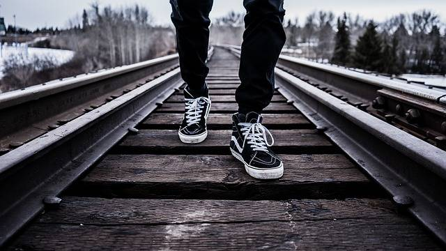 Shoes Walking Railroad Tracks - Free photo on Pixabay (371678)