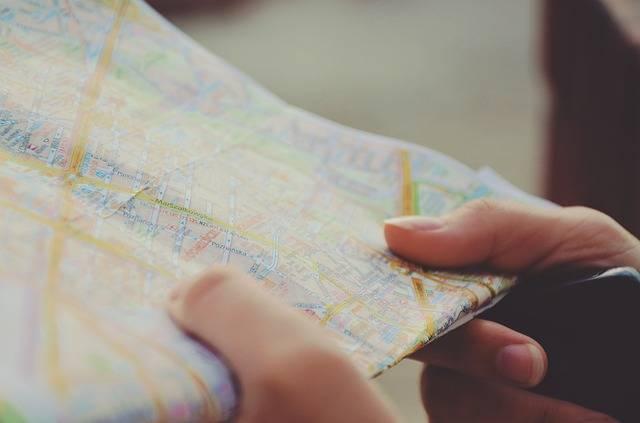 Map Navigation Hands - Free photo on Pixabay (388698)