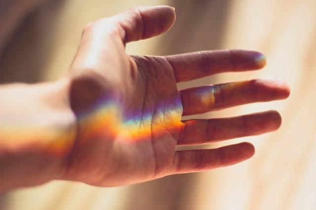 Hand Rainbow Light - Free photo on Pixabay (410357)