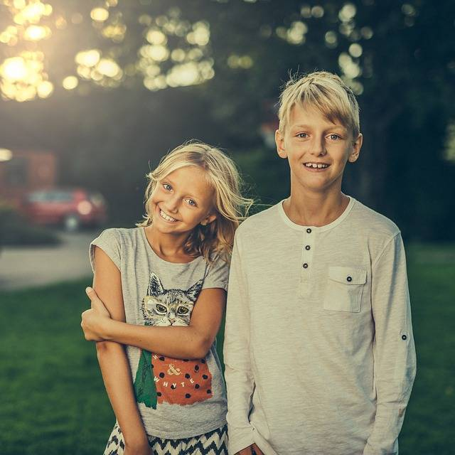 Siblings Brother Sister - Free photo on Pixabay (444809)