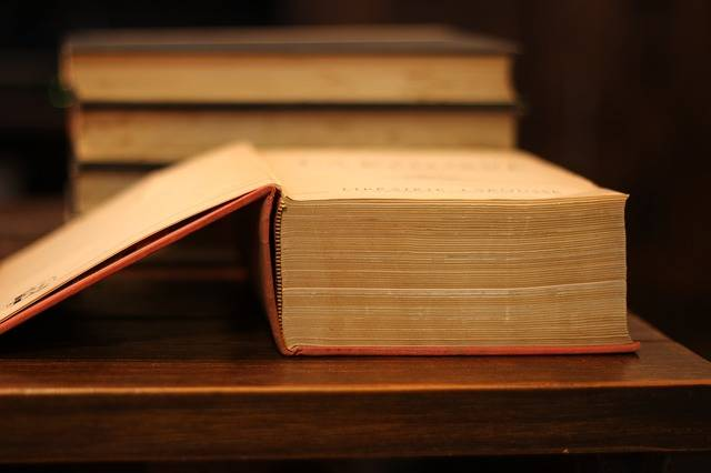 Books Dictionary French - Free photo on Pixabay (456049)