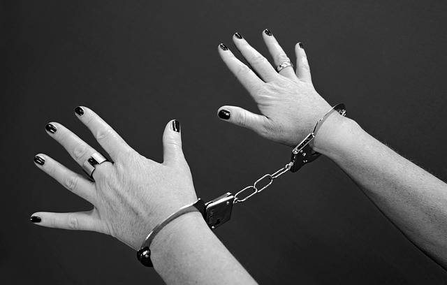 Handcuffs Prisoners Woman - Free photo on Pixabay (488892)