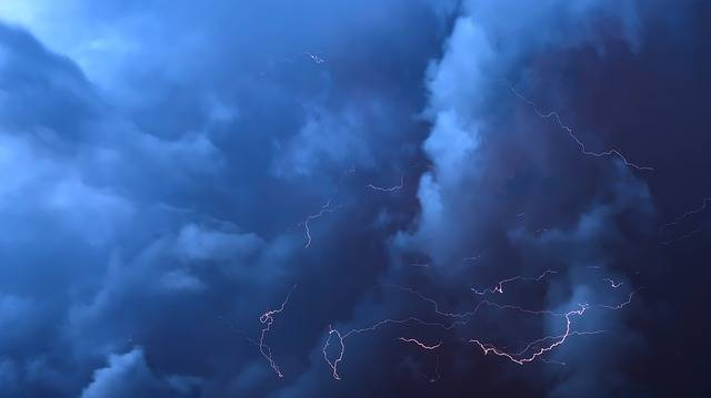 Thunderstorm Clouds Flashes - Free photo on Pixabay (489794)