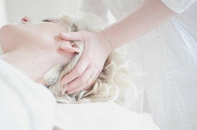 Head Massage Treatment - Free photo on Pixabay (491059)