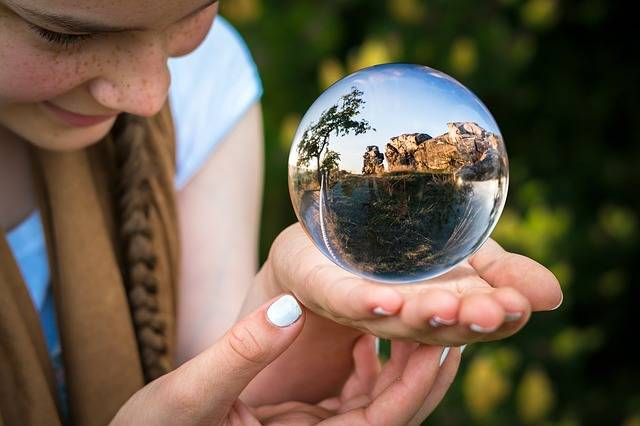 Glass Ball Fortune Teller Hand - Free photo on Pixabay (503997)