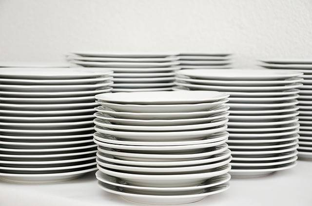 Plate Stack Tableware - Free photo on Pixabay (511081)